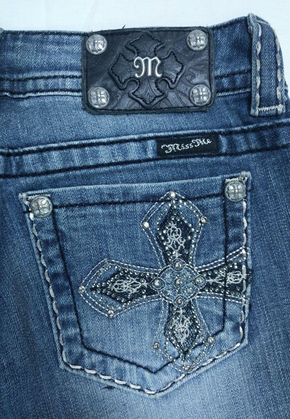 MISS ME Womens JP6001B2L Med Washed Embroidered Bling Cross Boot Cut Jeans Sz 27