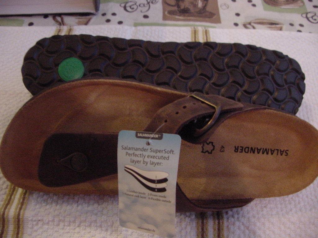 DR MARTENS PINK SUEDE Leather Shoes Clogs Slip EU On US L 10 EU Slip 42 27a742
