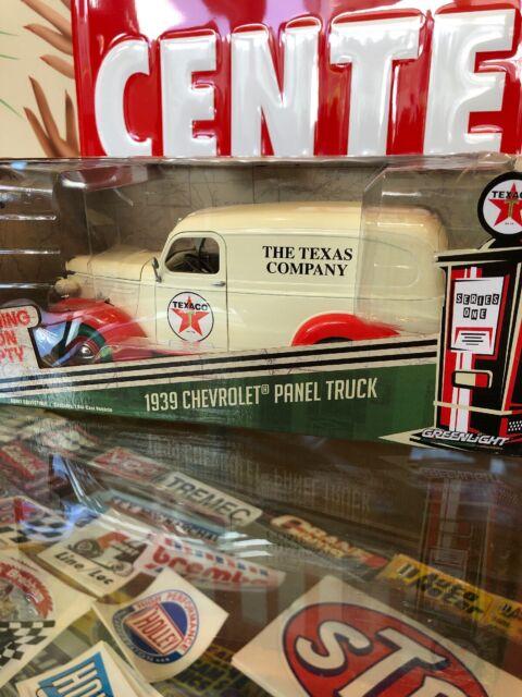 1939 Chevrolet Panel Truck Texaco 1:24 Scale Greenlight