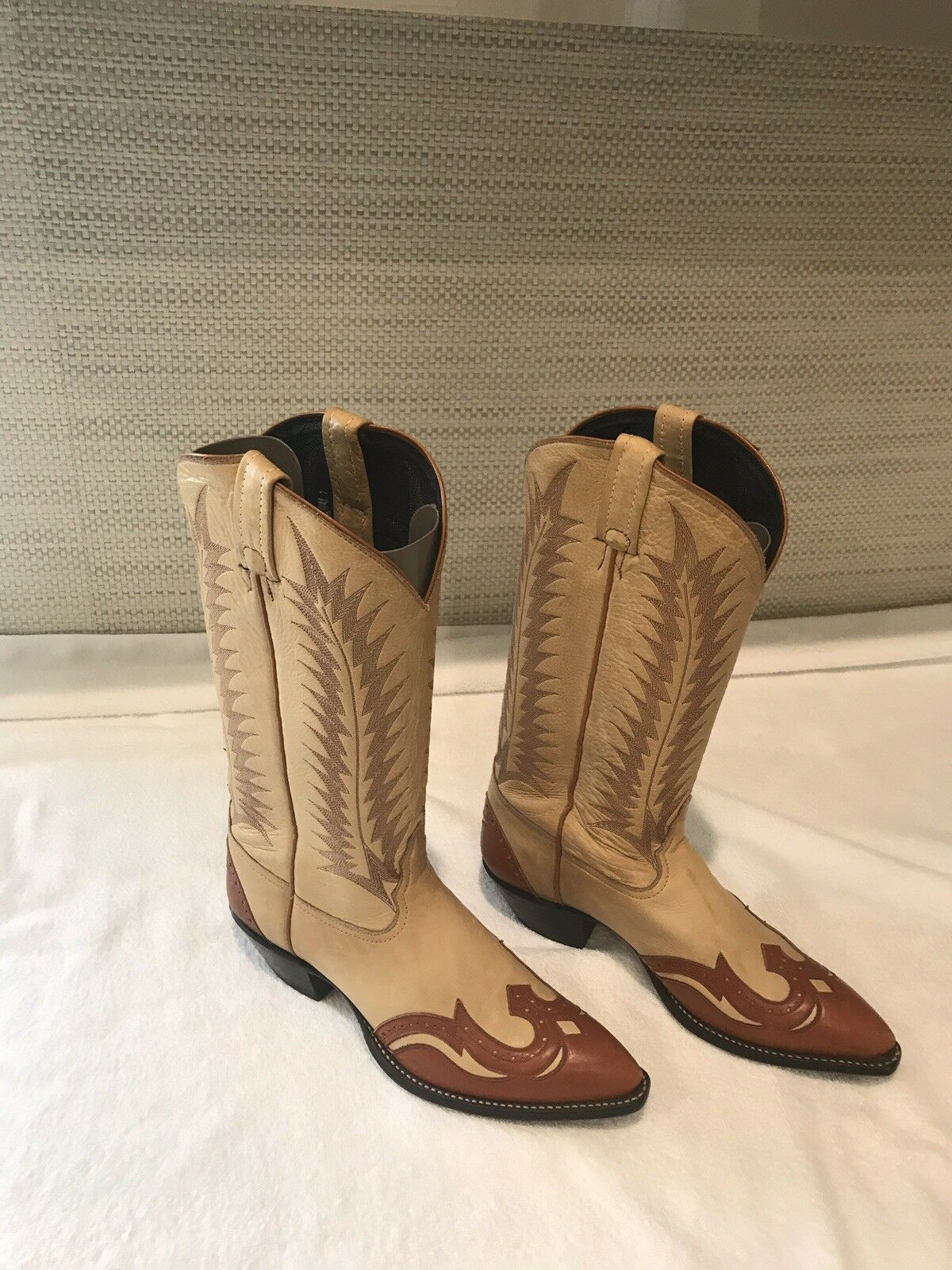 Tony Lama Vintage Cowgirl Boots 8 M