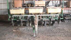 John Deere 7000 Six Row Corn Planter 30 Inch Ebay