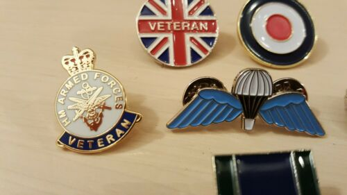 JOBLOT 6 X MILITARY PIN BADGES GREAT COLLECTION