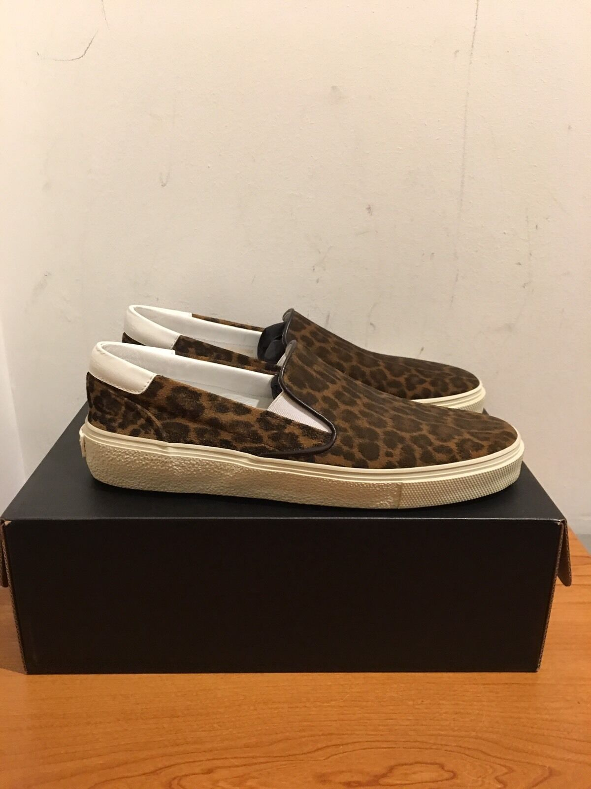 SAINT LAURENT SLIP 7/EU ON SKATE Schuhe UK 7/EU SLIP 40 cc6e4c