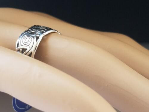 Band Celtic Spiral Sterling Silver Ring by Peter Stone Fine Jewelry