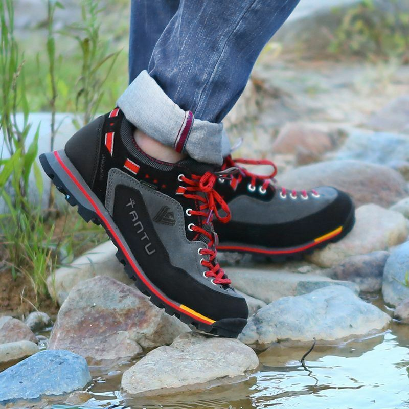 Breathable Hiking Outdoor shoes Camping Climbing Rubber Sole Leather Outdoor Men