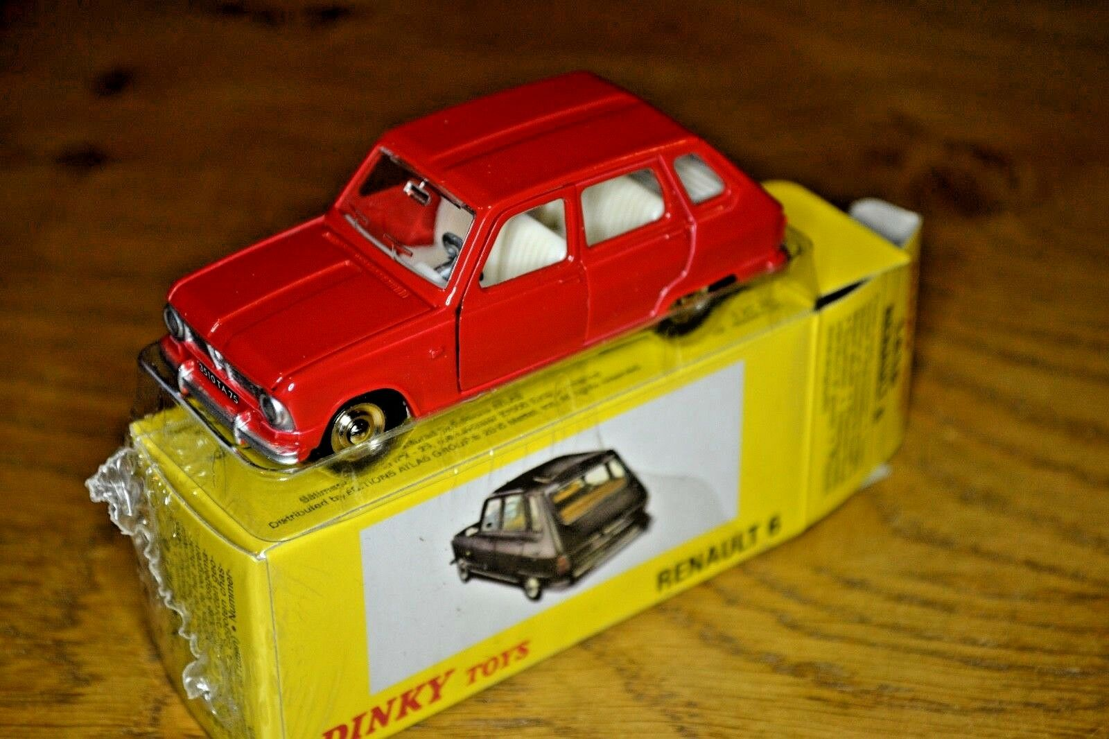 French Dinky Toys Atlas Edition Diecast Renault Renault Renault 6 3dfaa0