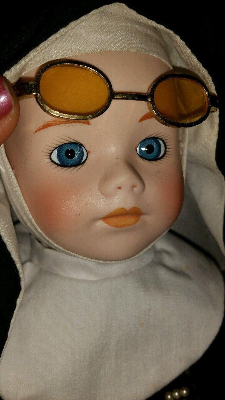Seymour Manns connoisseur doll sister sister sister Mary musical  nun 3b6729