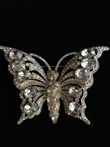 STARET Unsigned Butterfly Pin....Great Vintage Con