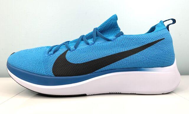 Nike Mens Zoom Fly Flyknit Running Shoe