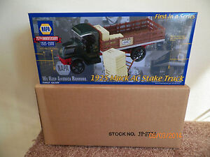 First-Gear-1st-NAPA-75th-1925-Mack-AC-Stake-Truck-1-34-Scale-19-2374-New-in-Box