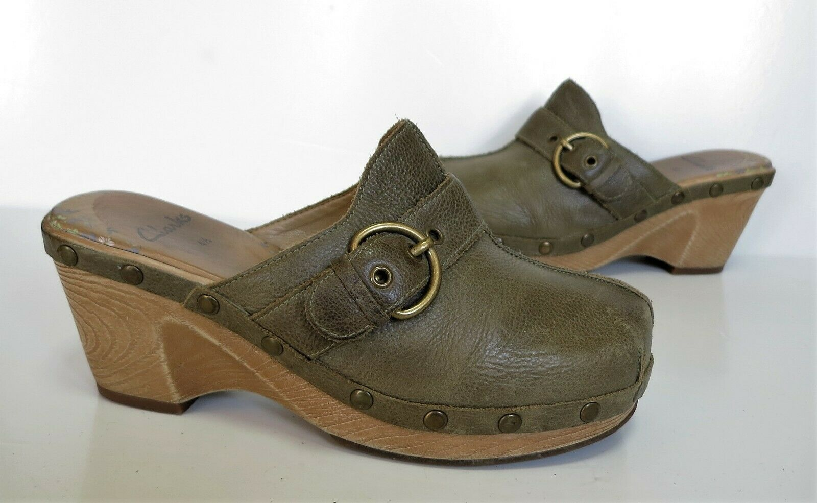 f5247f0c9f5 Ladies CLARKS Green Leather Wedge shoes Mules Size 4.5 Exc Con Clogs High  ntnpuw4434-Women s Sandals