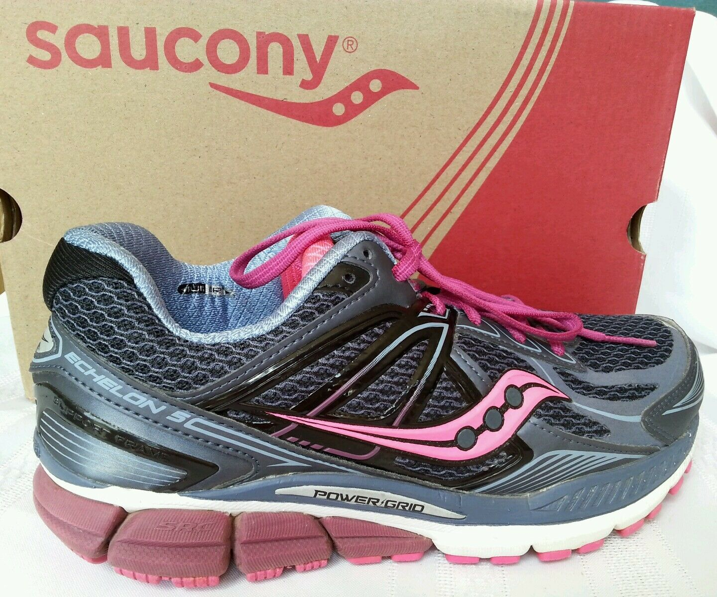 Saucony Women'S Echelon 5 Running shoes Womens And Running shoes size 7.5