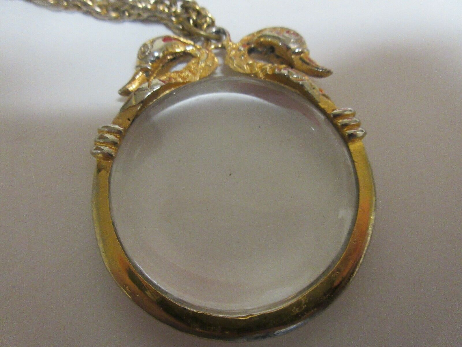 """Costume Jewelry ,NECKLACE , Magnifying Lens , 30"""" Chain"""