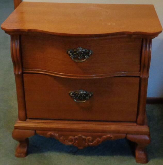 Lexington Victorian Sampler Wood Oak