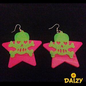 FUNKY-STAR-AND-SKULL-LUMNIOUS-DROP-DOWN-DANGLE-EARRINGS-PINK-EARRINGS-GREEN