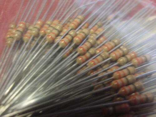 SELTEN NOSTALGIE  WIDERSTAND 33 Ohm 1//4W  KOHLESCHICHT  D2x6mm   100x   24831