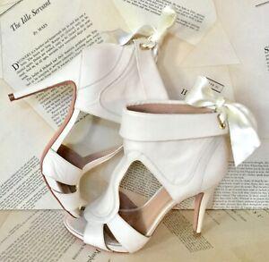 Delphine-Manivet-Sandal-Boot-Open-Toe-Bow-Back-Leather-Bow-Back-37-NEW