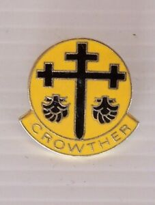 VINTAGE-CROWTHER-BRIGHTON-GRAMMAR-SCHOOL-METAL-BADGE-LAPEL-TIE-COAT-HAT-PIN