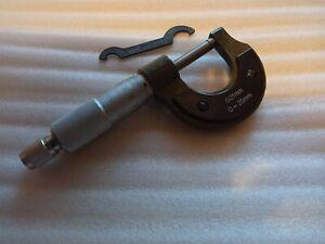 Luthier-Ebeniste-de-Mesure-Micrometre-Etrier-Carbone-Acier-GB-Vendeur