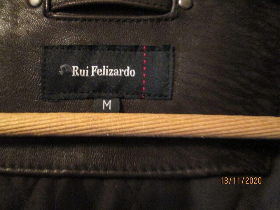 Skindjakke, str. M, Rui Filizardo