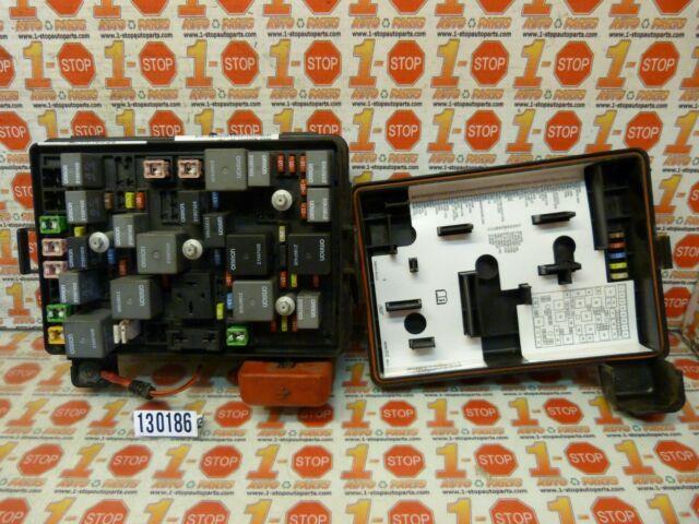 09 10 11 Chevrolet Hhr Under Hood Engine Fuse Box 20859496
