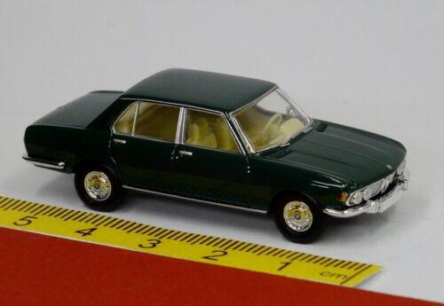 BMW 2500 moosgrün grün Brekina Starmada 13603