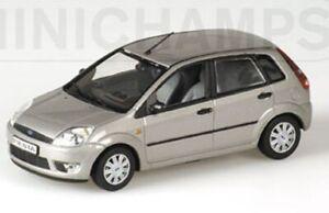 Minichamps-Ford-Fiesta-Diecast-Modelo-coches-de-carretera-Beige-y-Rojo-1-43rd-Escala