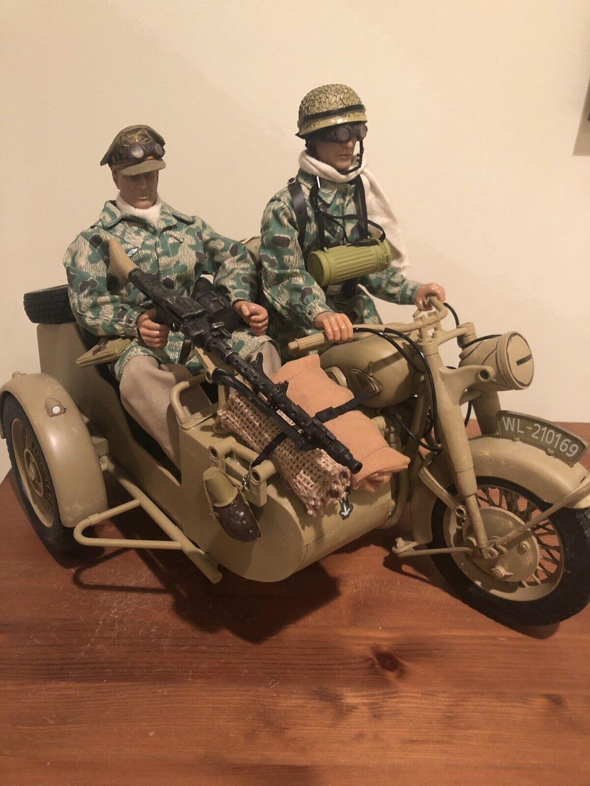 1 6 21ST CENTURY GERMAN AFRIKA KORPS MOTORCYCLE & SIDECAR MG-34