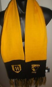 HAWTHORN-HAWKS-MEMBERS-SCARF-2011-MEMBER-14-YEARS-AFL-FOOTBALL-IN-GOOD-CONDITION
