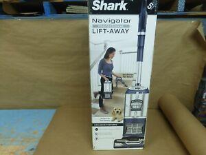 Shark-UV541-Navigator-Professional-Lift-away-Lightweight-Upright-Vacuum-NEW