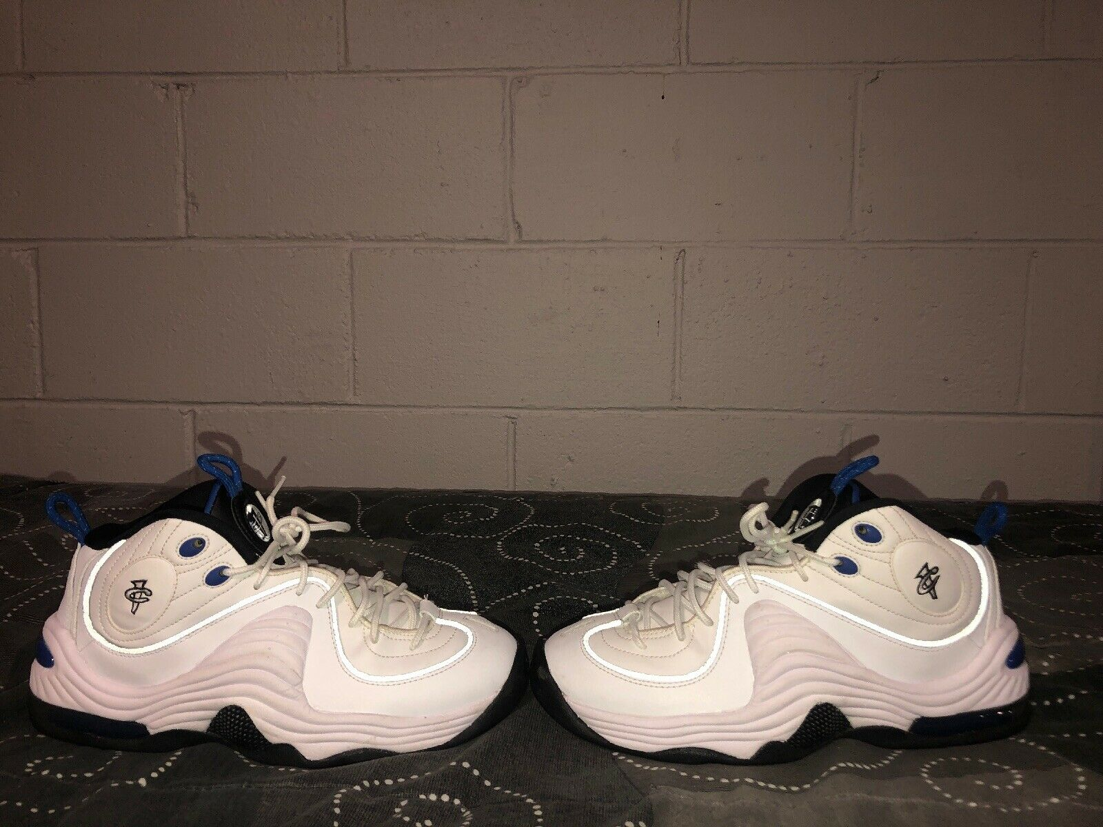 Nike Air Penny II Home Mens Basketball shoes Size 8 White bluee Black 333886-100