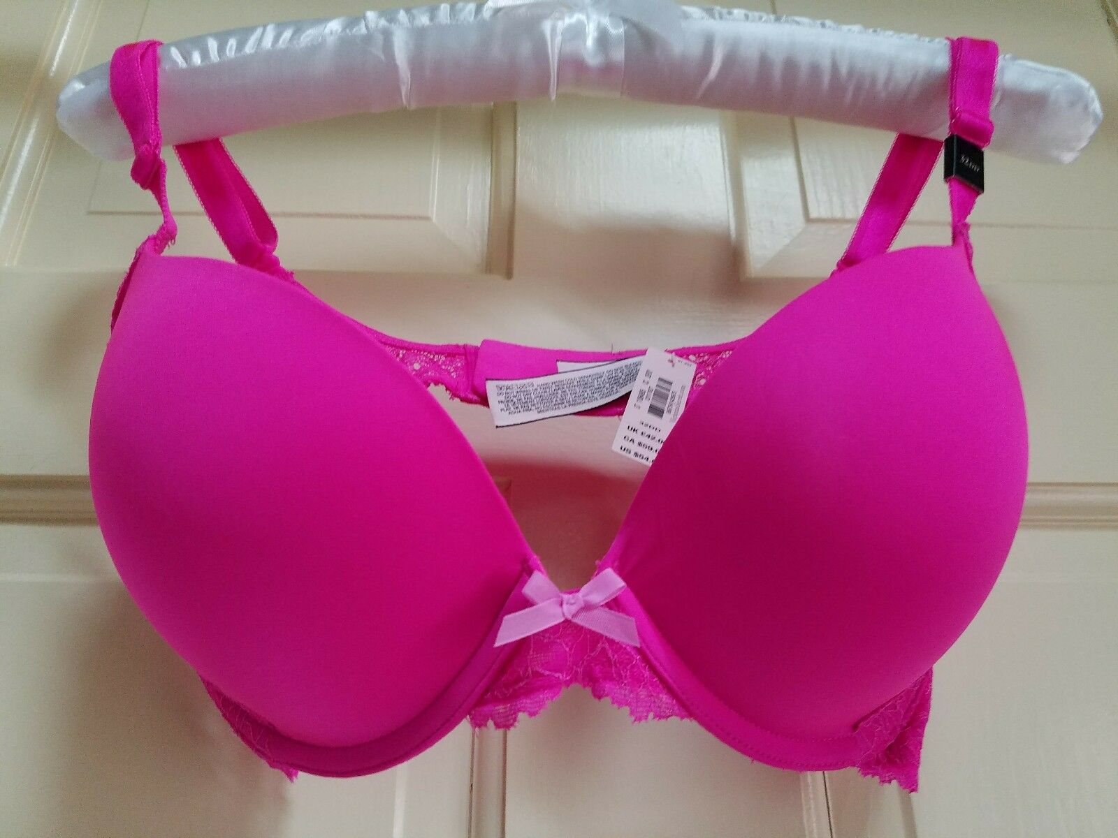VICTORIA'S SECRET Dream Angels pushup 32DD lace hot pink demi bra NWT