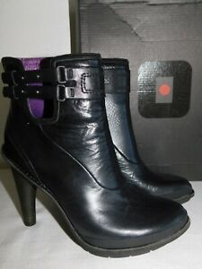 NEW WOMENS SIZE 8 Black/Byzantium TSUBO GALVANI LEATHER ANKLE BOOTS BUCKLES