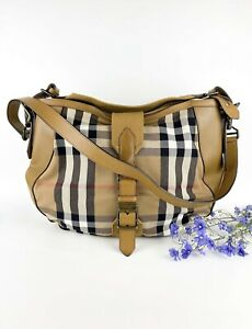 Very Good Condition Burberry Large tote bag
