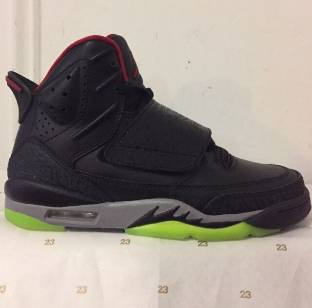 77fc33f6964 Nike Jordan Son Of Mars Sz 5.5Y Marvin The Martian Classic Retro 512246-006