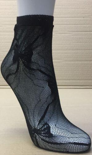 WOMEN FASHION  ANKLE HIGH SOCKS BLACK DES4