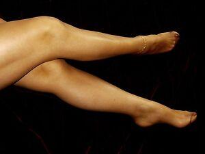 REDUCED-Nylons-Feature-Toe-Pantyhose-Italian-Designer-Retro-Sheer-Tights