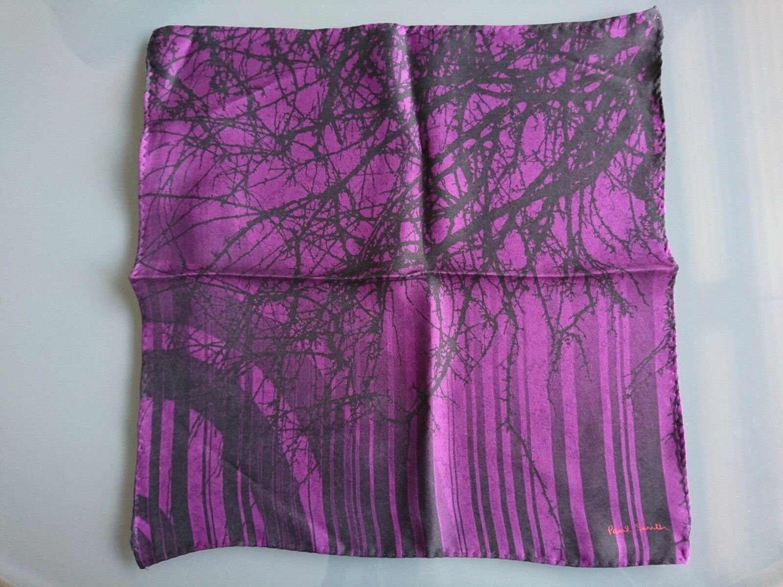 Paul Smith Pocket Square Handkerchief - BNWT 100% Silk 'Black Forest' RRP: