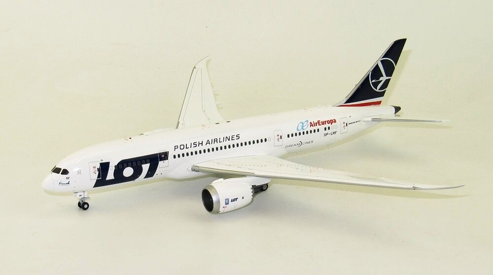 JC Wings XX2004 1/200 LOTTO Air Europa BOEING 787-8 SP-LH RH tra cui Stand