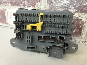 discovery 1 300 tdi interior fuse box amr 1552 ebay rh ebay co uk discovery 1 fuse box land rover discovery 1 fuse box diagram