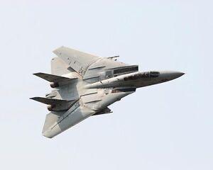 F-14-TOMCAT-FIGHTER-JET-BANKING-8x10-SILVER-HALIDE-PHOTO-PRINT