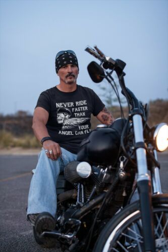NEVER RIDE FASTER THAN YOUR ANGEL CAN FLY Mens Funny Motorbike T-Shirt Biker Top