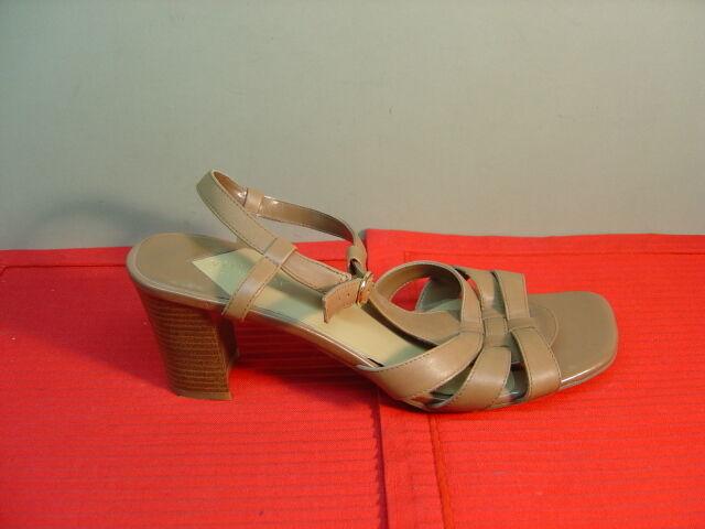 Womens LIZ CLAIBORNE VILLAGER Tan 11M Leather Sandals Size 11M Tan c17414