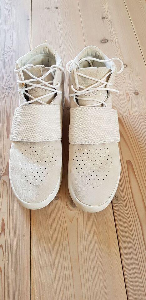 Sneakers, Adidas, str. 46