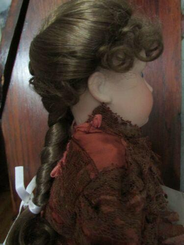 SIZE  8 GEORGIA WIG  MOHAIR SYNTHETIC  LT BROWN  MODERN ANTIQUE DOLL