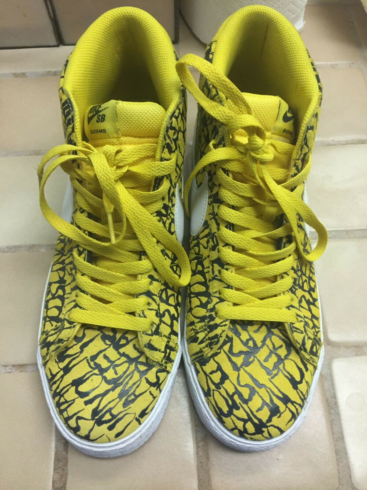 Nike SB Blazer   NECKFACE edition Size 10 Yellow High Top