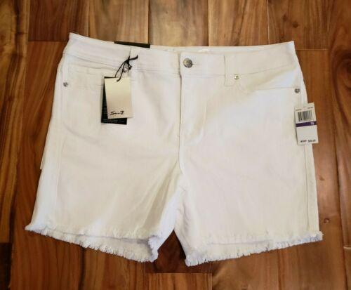 NWT Women/'s SEVEN 7 Pristine White Denim Frayed Cuff Fashion Shorts Sz 16 $59