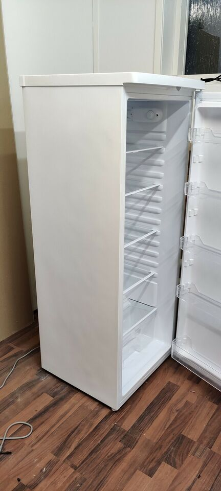 Køle/svaleskab, Matsui MTL55W18E, 240 liter
