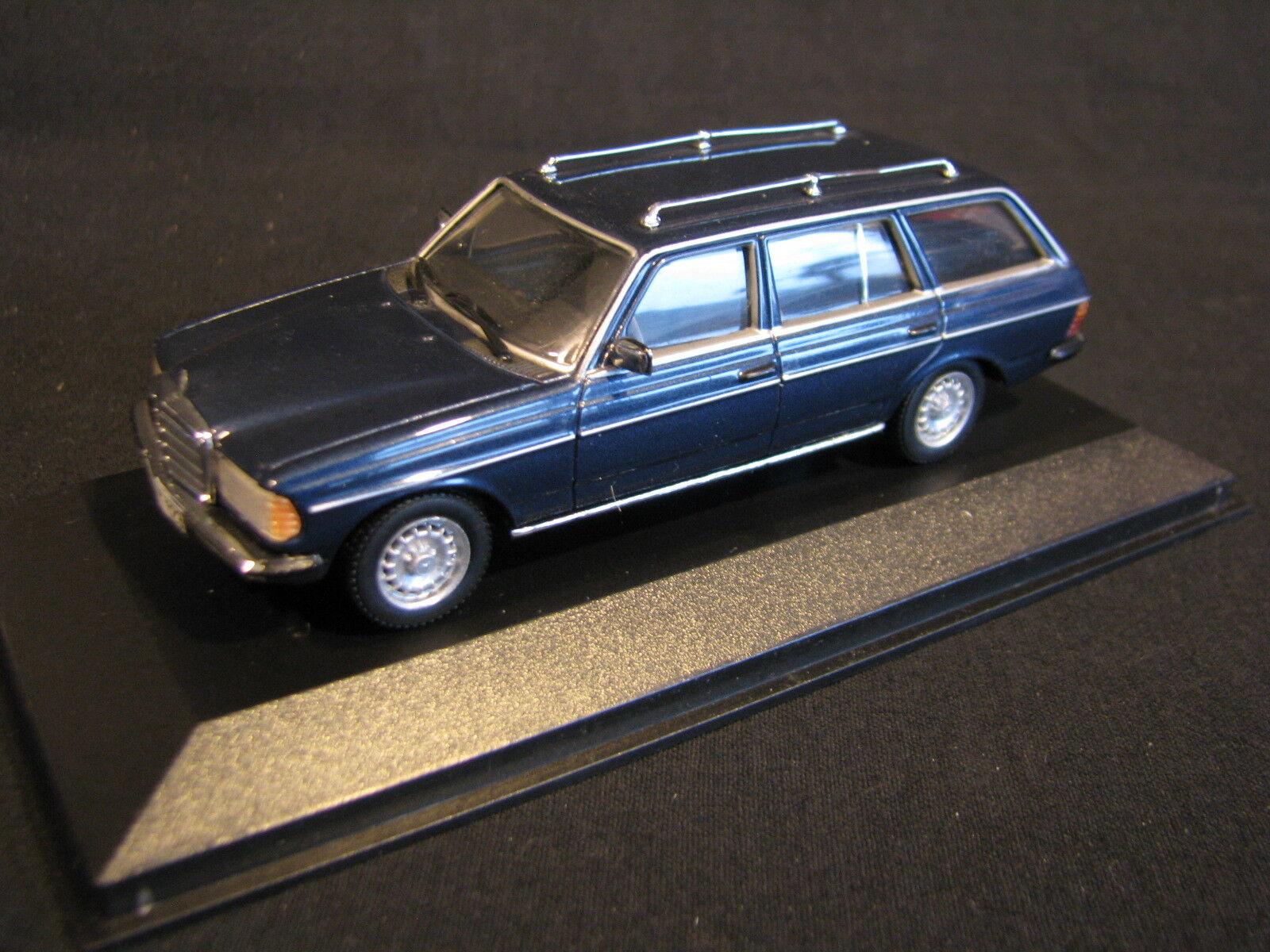 Minichamps Mercedes-Benz W123 T-Modell 1 43 bluee (JvM)