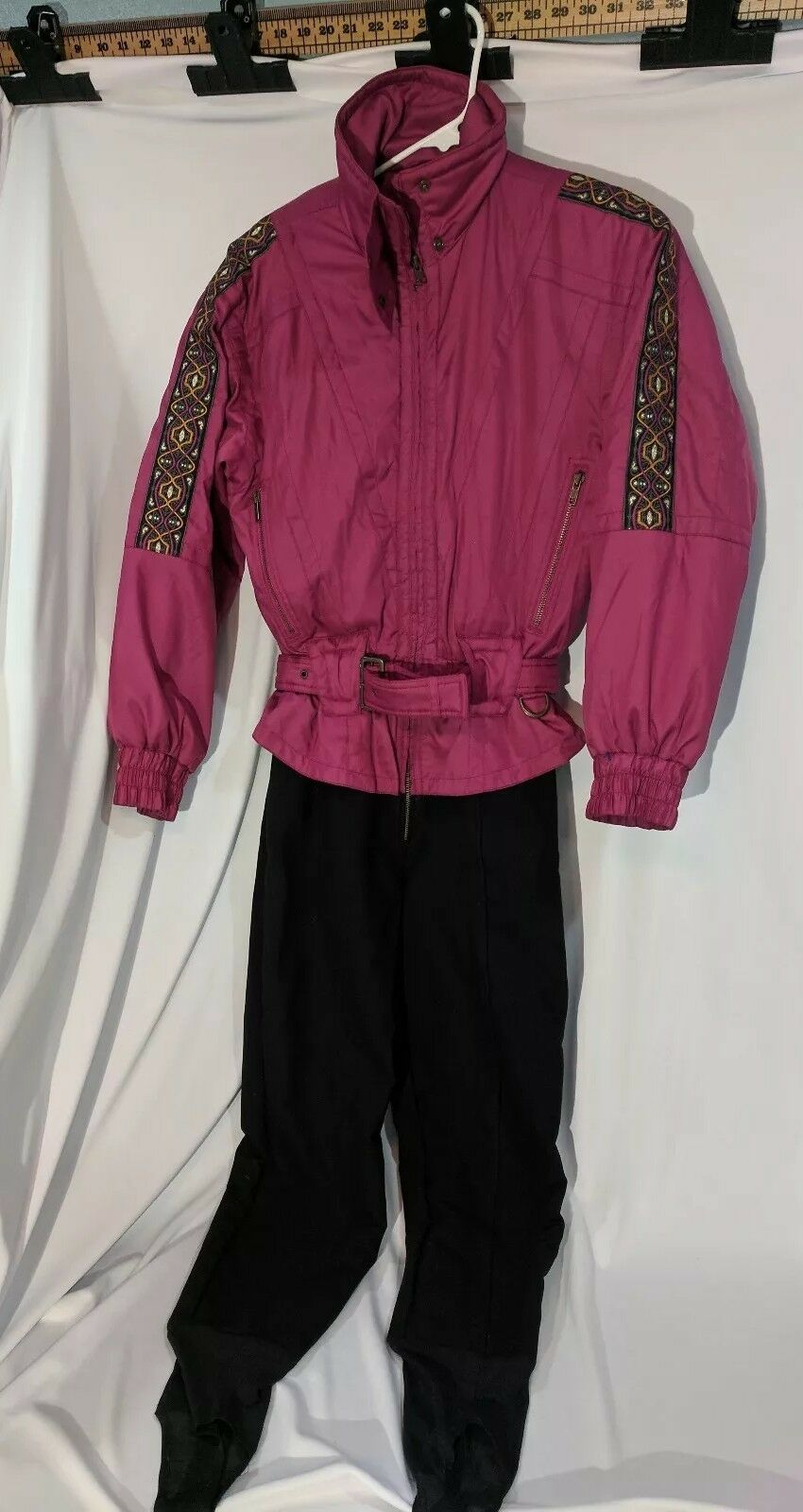 Women's Size 8 White Stag Brand Vintage 90's Snow Ski Suit Onsie stirrup pants